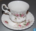 Lavender Rose - Tasse und Untertasse
