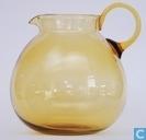 Aquarius Waterkan amber