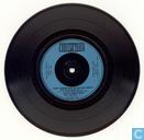 Melody Maker vinyl conflict