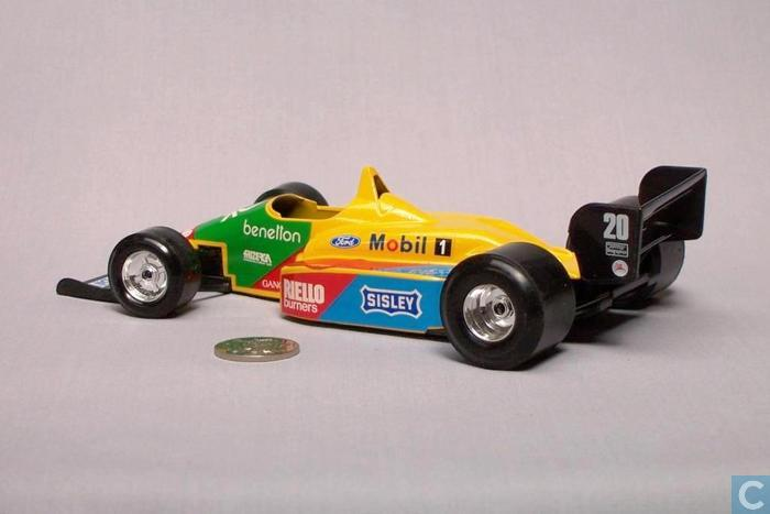 Model cars  Bburago  Benetton B188  Ford