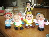 snow white and 7 dwarfs