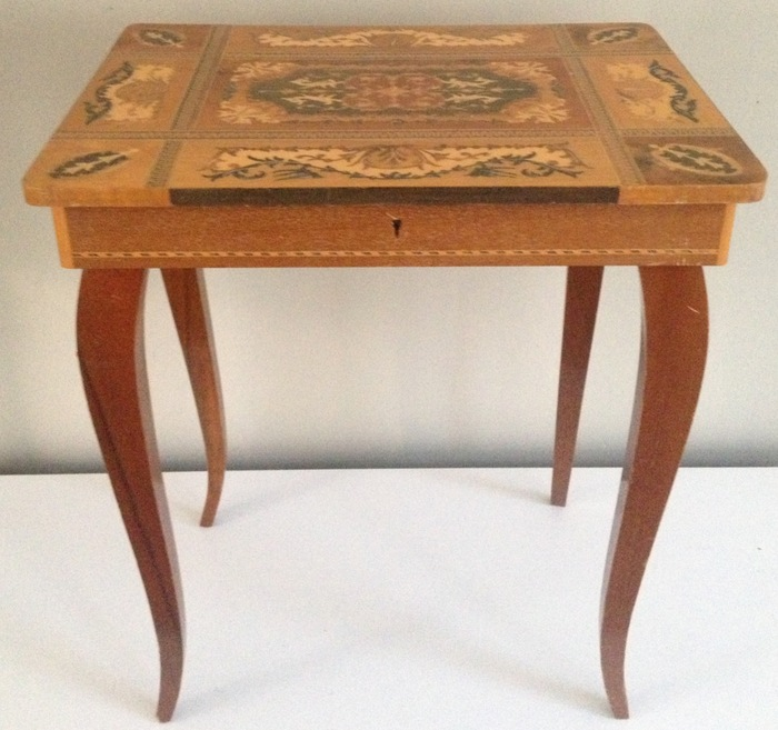 Ancienne table de couture italienne la main catawiki for Table ancienne repeinte