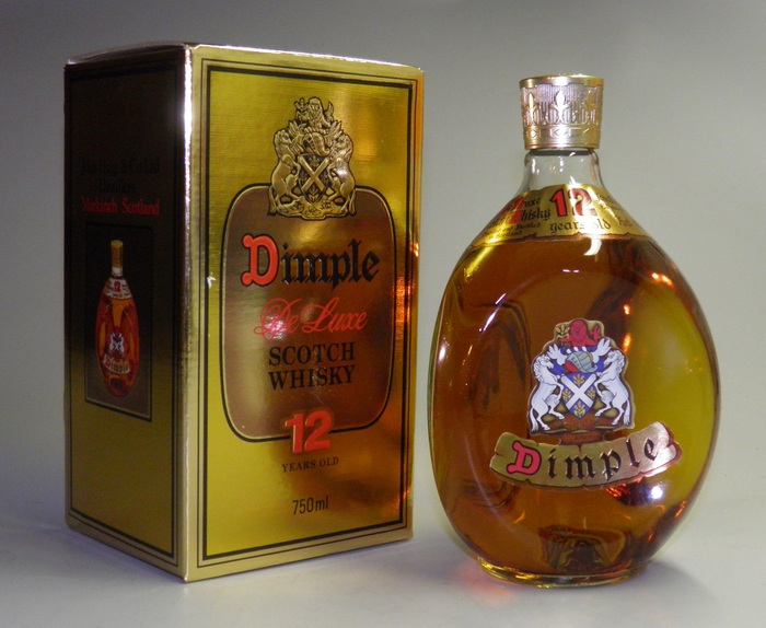 Dimple De Luxe Scotch Whisky