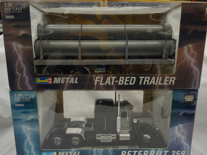 Revell scale 1 24 plot with peterbilt 359 and flat bed trailer catawiki - Bed met schaal ...