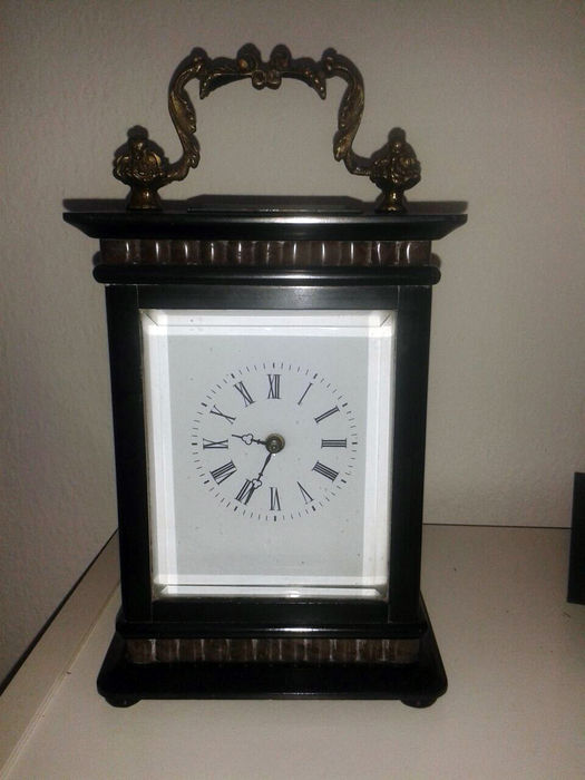 horloge de table pendule ancienne catawiki. Black Bedroom Furniture Sets. Home Design Ideas