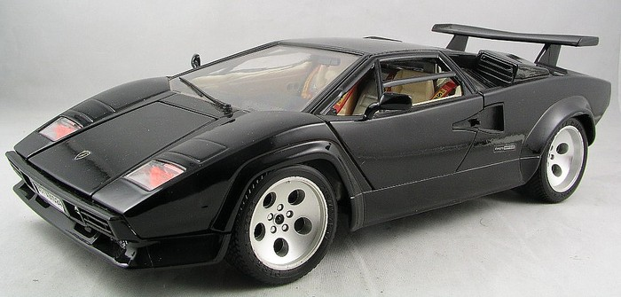bburago schaal 1 18 3 x lamborghini countach 1988. Black Bedroom Furniture Sets. Home Design Ideas
