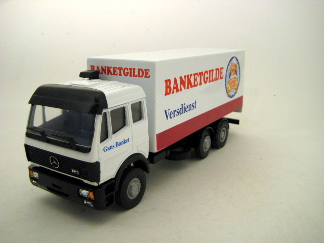 Lion toys schaal 1 50 mercedes benz ep3 truck for Mercedes benz truck toys