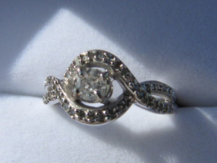 14k white gold ring set with 0 43 ct worth of diamonds