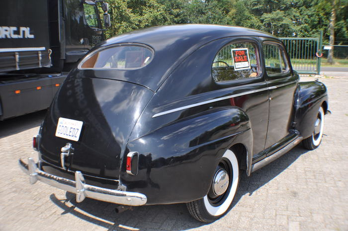 1941 ford 2 door sedan super deluxe for 1941 ford 4 door