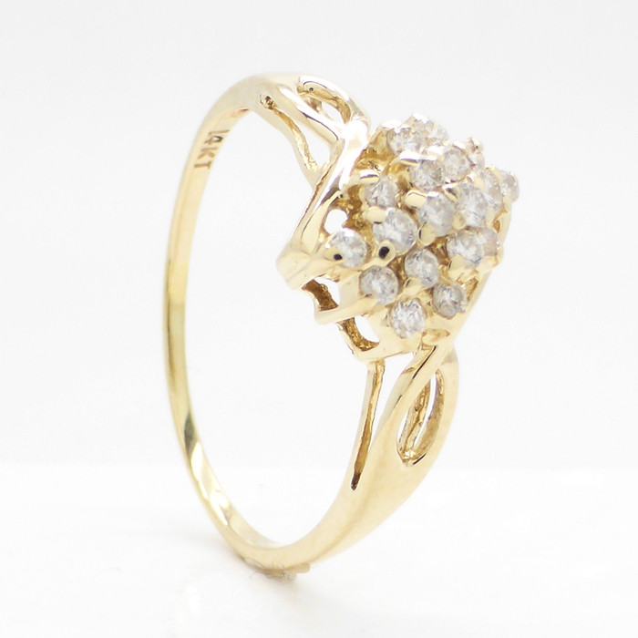 14K gold la s ring with 0 32 ct worth of diamonds Catawiki