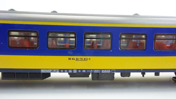 M rklin h0 4165 two passenger coaches 2nd class with for Interieur verlichting auto