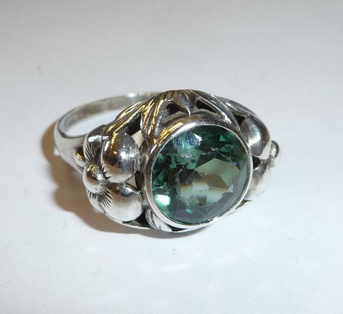 antique ring with tourmaline in creative setting 835