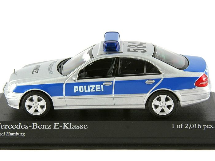 minichamps scale 1 43 mercedes benz e klasse polizei hamburg 2002 catawiki. Black Bedroom Furniture Sets. Home Design Ideas