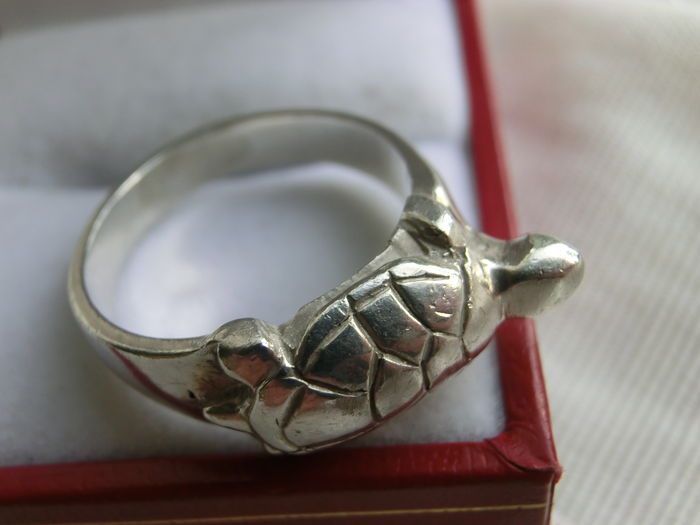 solid silver ring in shape of a tortoise catawiki