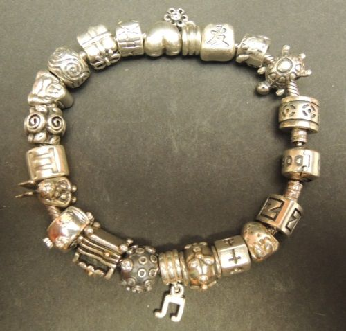 How Much Is A Pandora Charm Bracelet: Full Pandora Charm Bracelet With 21 Charms