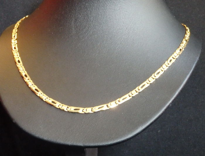 gold collier 750