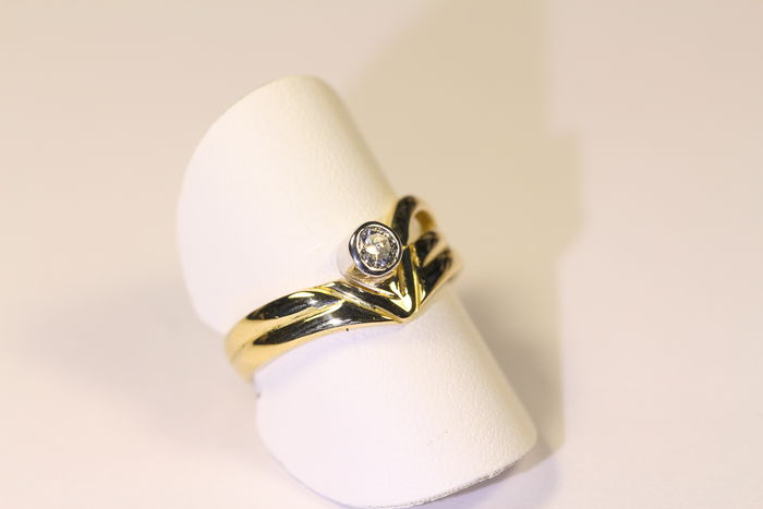 Ring in 18 kt 750 1000 yellow gold and white gold 0 15 carat diamond Catawiki