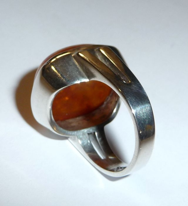 ring with large natural amber 835 silver bauhaus 1930. Black Bedroom Furniture Sets. Home Design Ideas