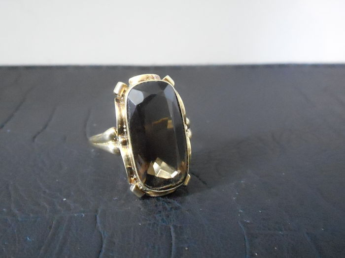 gold ring set with a smoky topaz catawiki