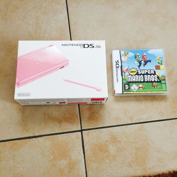 nintendo ds lite mario games including boxed catawiki. Black Bedroom Furniture Sets. Home Design Ideas