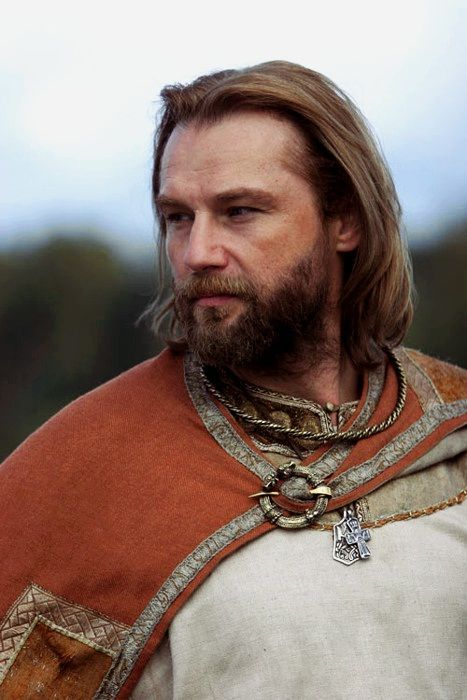medieval clothing for rich men