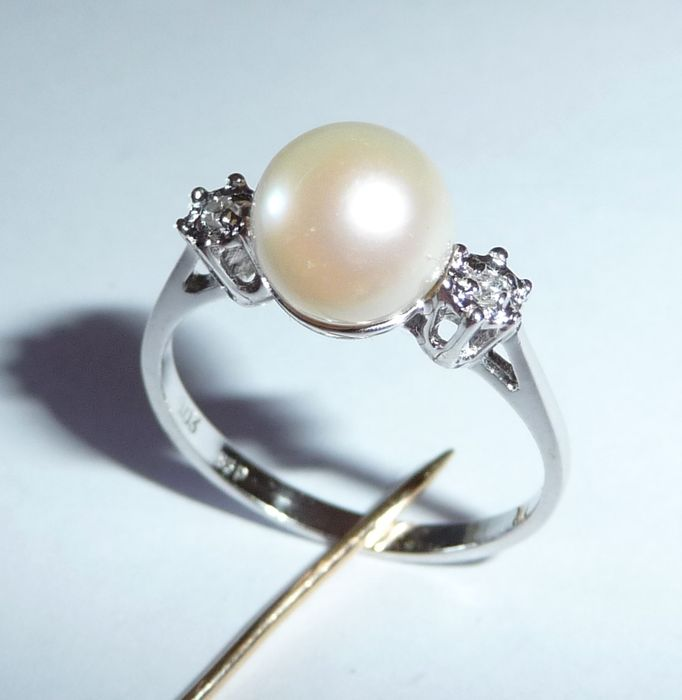 pearl ring set with 2 diamonds akoya pearl 7 8 mm size