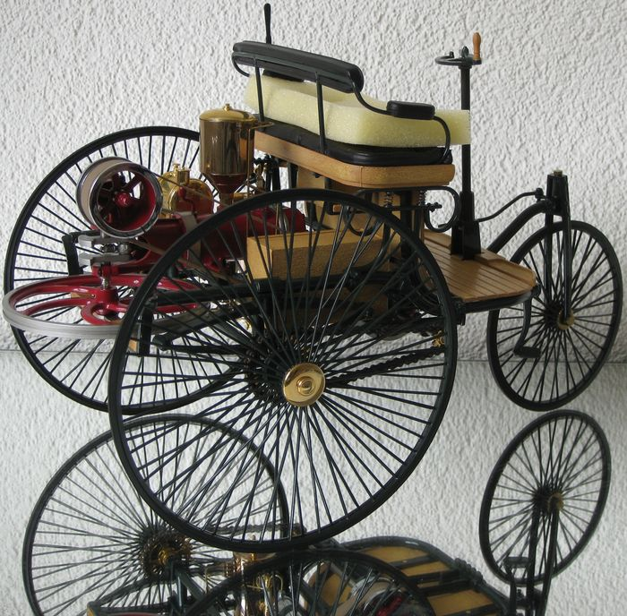 The World S First Automobile The Benz Patent Motorwagen: Benz Patent Motorwagen 1886