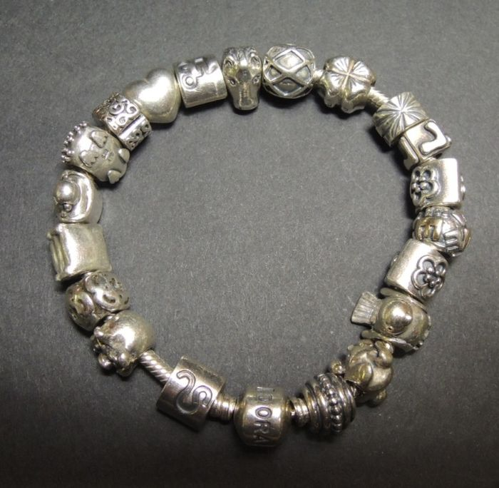 How Much Is A Pandora Charm Bracelet: Full Pandora Charm Bracelet With 20 Charms