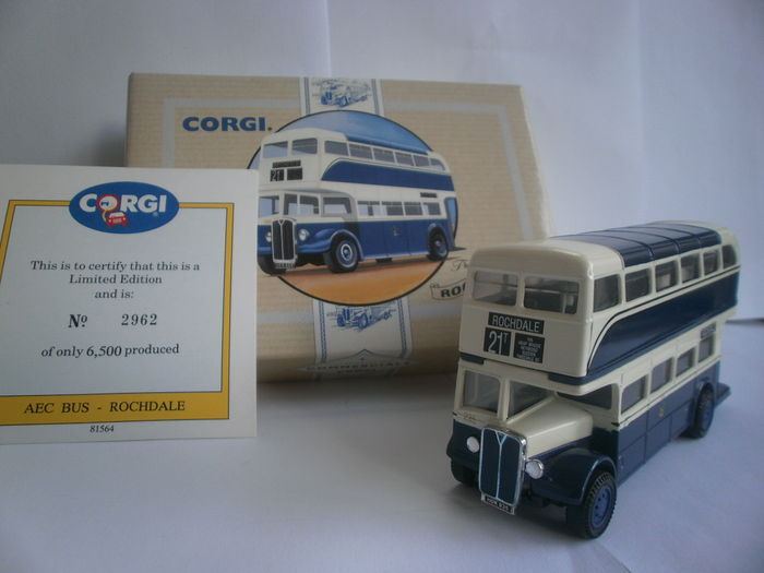 Corgi scale 1 50 plot with 3 x aec regent buses rochdale halifax and raf catawiki - Bed met schaal ...