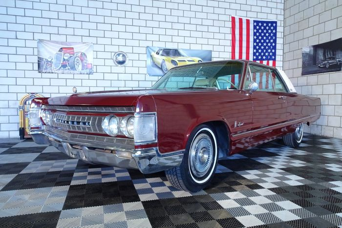 chrysler imperial crown coup u00e9 440ci  7 2l  v8 375cv