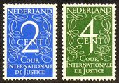 Check out our The Netherlands 1950 - Cour Internationale de Justice with plate flaws - NVPH D25 + D26 PM1, with certificate