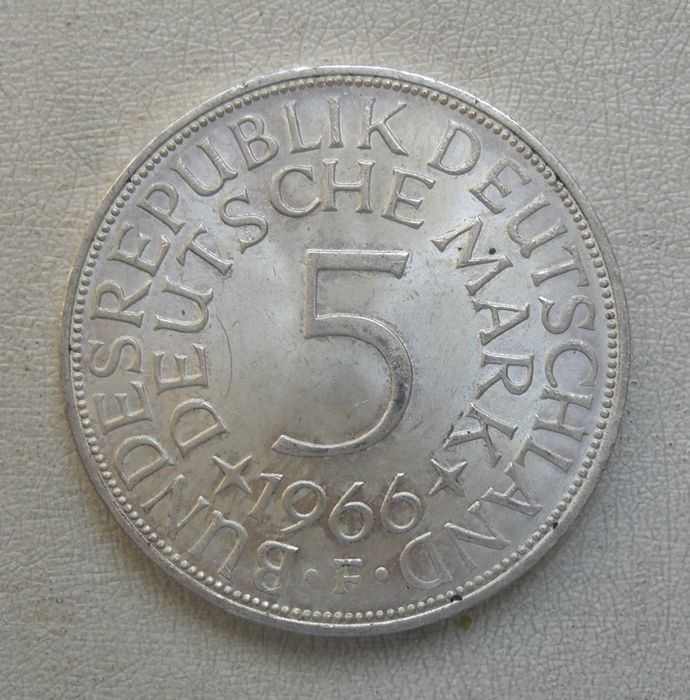 1974 Deutsche Mark Coin 5 Deutsche Mark 1966-1974
