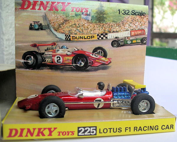 dinky toys 1 32 scale no 225 lotus f1 racing car catawiki. Black Bedroom Furniture Sets. Home Design Ideas