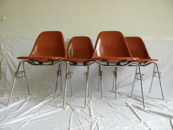 Charles and ray eames voor herman miller set van 4 for Ray eames stoelen