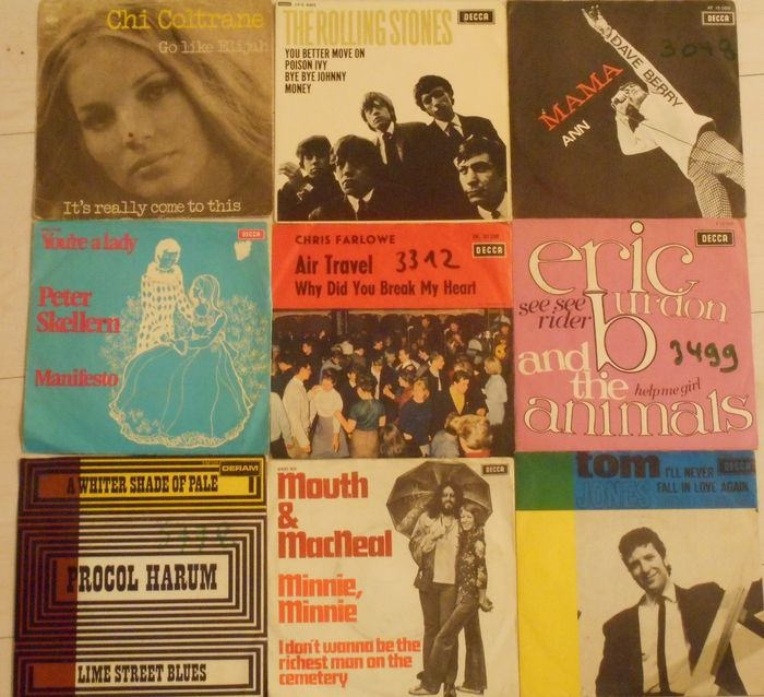 Lot 108 Singles Most From The Sixties And Seventies But