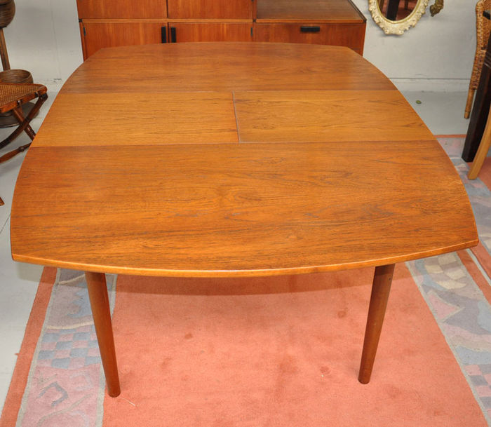 Teak extendable dining table   Catawiki