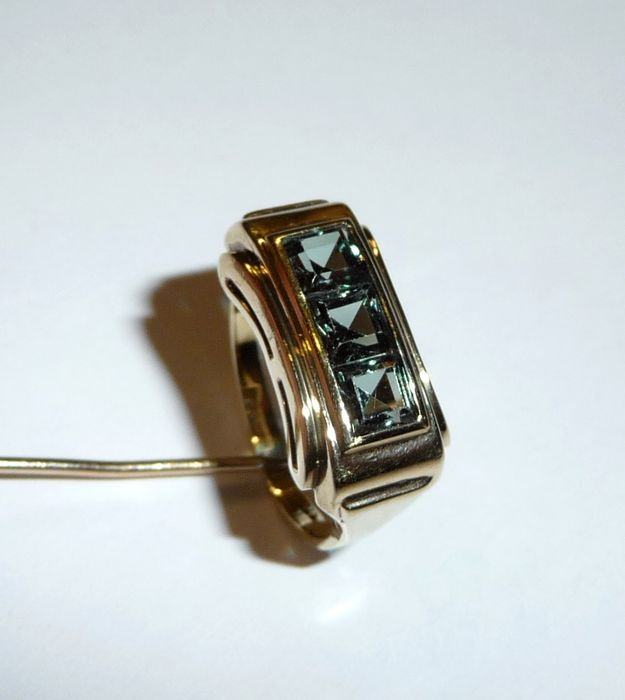 antique tourmaline ring 333 8 ct yellow gold small