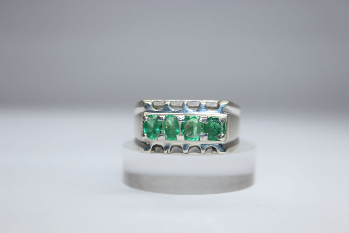 Men's ring with natural emerald Catawiki