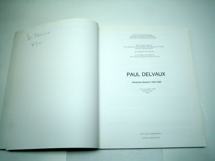art book culture delvaux essay in nude paul reaktion surrealizing