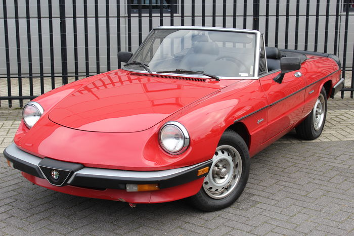 alfa romeo spider convertible 1986 catawiki. Black Bedroom Furniture Sets. Home Design Ideas