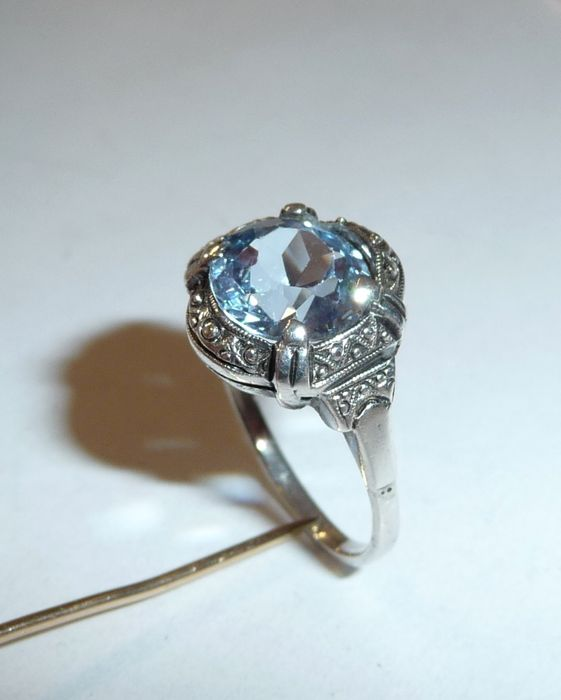 topaz dating A topaz ring is made by using a silver bar, a red topaz, and a ring mould on a furnace it requires a crafting level of 16 and provides 15 experience when made  runescape wiki is a.