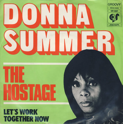 singles in donna Donna summer albums discography  edits of both album versions appear on 7 singles issued by columbia records (edit of wet version) and casablanca records .