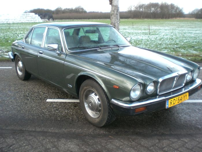 jaguar xj6 4 2 sovereign serie iii 1986 cambio. Black Bedroom Furniture Sets. Home Design Ideas