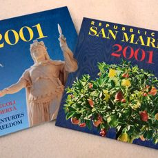 "San Marino - Annual set 2001 ""17 Centuries of Freedom"" (incl. silver)"