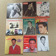 Elvis Presley - lot of different memorabilia - 5 original front covers from Dutch/Belgian (teen) magazines - several magazine articles - 3 LP's - (1956/1987).