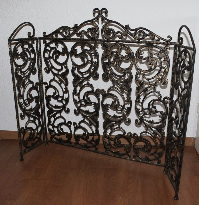 Wrought Iron Fireplace Screen With A Bronze Look Catawiki