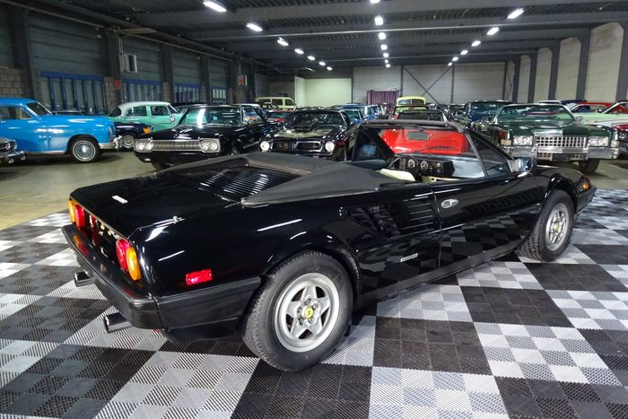 ferrari mondial t quattrovalvole 3 4 v8 300 ferrari mondial cabriolet t 3 4 v8 300 1992 essence. Black Bedroom Furniture Sets. Home Design Ideas