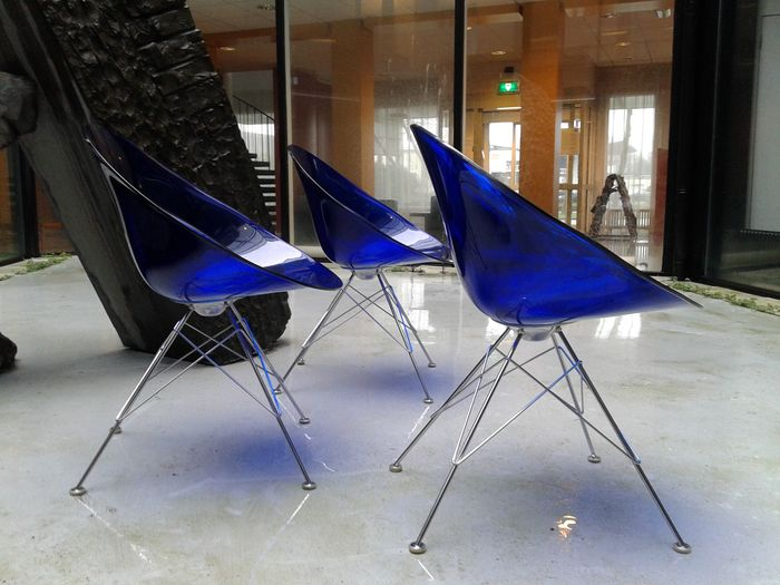 Philippe starck eros 39 chairs by kartell 3 39 blue transparent lot 2 catawiki - Stoelen philippe starck ...