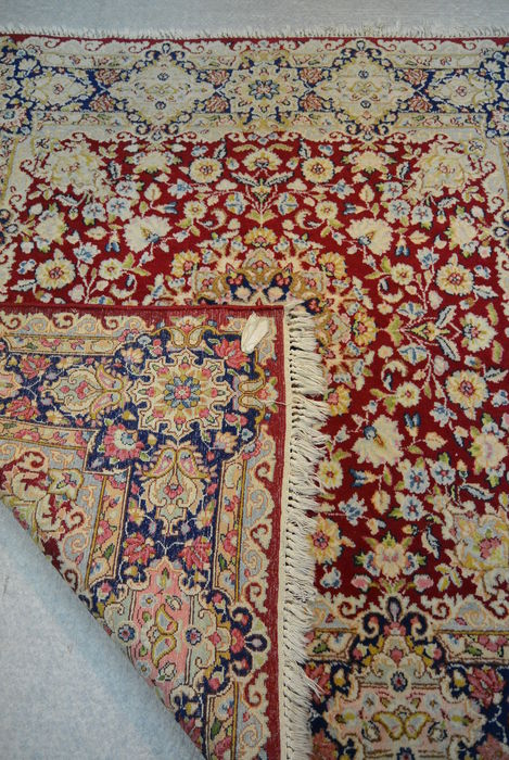 Beau Tapis Persan Antique Catawiki