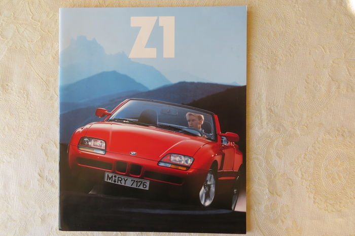 bmw z 1 brochure 1990. Black Bedroom Furniture Sets. Home Design Ideas